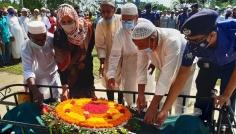 মধুপুরে বীর মুক্তিযোদ্ধাকে রাষ্ট্রীয় মর্যাদায় দাফন